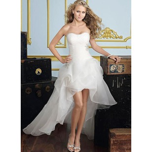 A-Line/Princess Strapless Sweetheart Asymmetrical Organza Wedding Dress With Ruffle Beading (0025056883)
