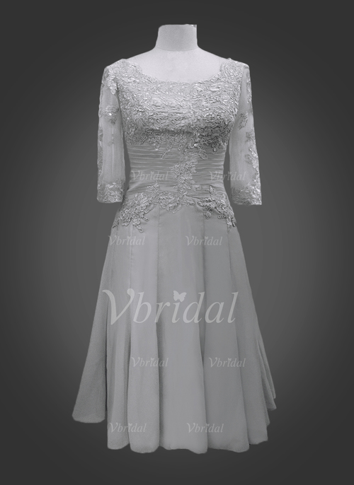 5e66c9b6ed18 A-Line Princess Scoop Neck Knee-Length Chiffon Mother of the Bride Dress  With Ruffle Appliques Lace (0085095866) - mvbridal